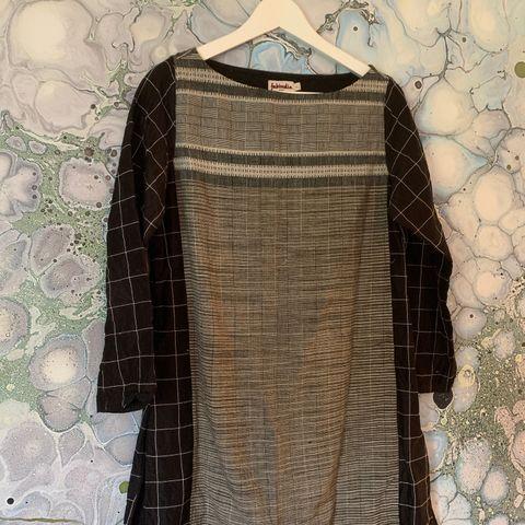 Tøff Masai jakke med lommer | FINN.no