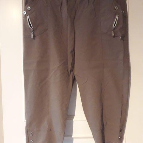 Ny lys bukse dame Str 46 | FINN.no
