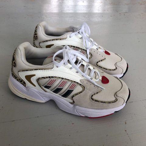 adidas air sko kr 2000