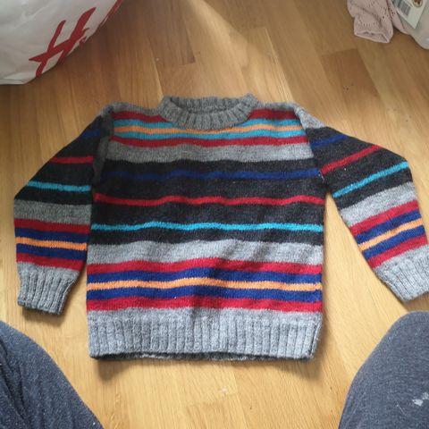 Klatremus genser i ren ull str 5 år | FINN.no