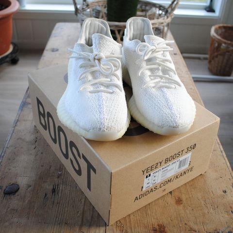 Adidas yeezy boost 350 v2,DS, Creams 40 23 | FINN.no