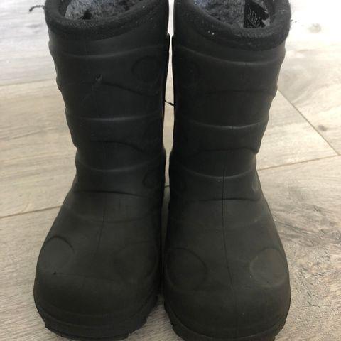 Viking cherrox sko, Str 21. Stor i størrelsen | FINN.no