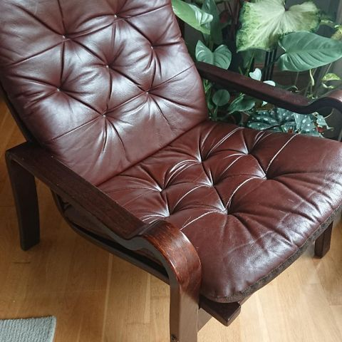Retro møbler, teak, marmor. Spisebord, sofa, stoler. | FINN.no