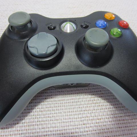 Xbox 360 med kamera, mikrofon og spill   FINN.no