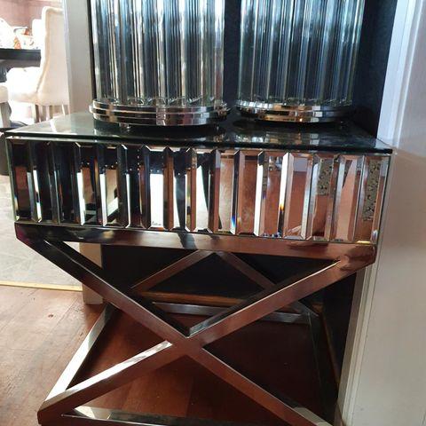 Manhattan stol 1 seter (Lys grå Velour) – Classic Living