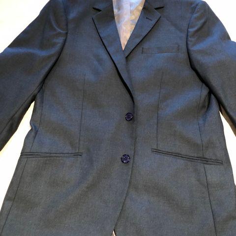 Lite brukt Dressmann dress (konfirmasjonsdress) selges   FINN.no