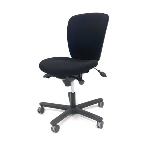 Ikea Volmar kontorstol – Scandinavian Office as
