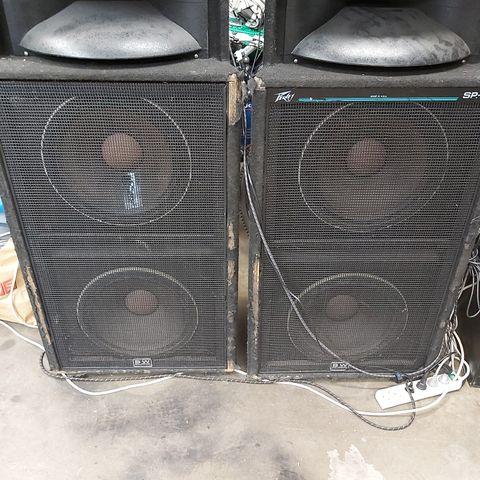 500W Oppladbart 12 høyttaler på hjul med to trådløse