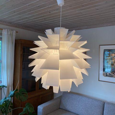 Normann Copenhagen Norm 69 white, XXL, kunst til salgs i
