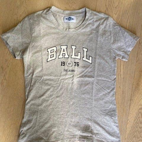 Flåklypa t skjorte | FINN.no