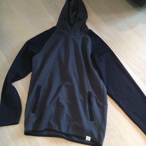 Vind og vanntett herre jakke. Høst modell. XL.   FINN.no