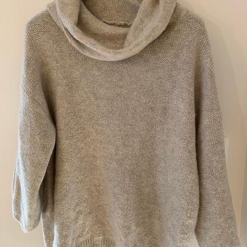 Collegegenser, grå genser fra Line of Oslo, M Medium, kr