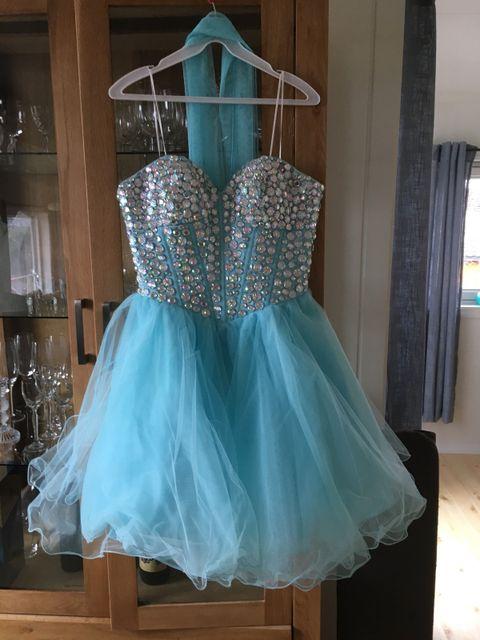 korte kjoler festkjoler troms