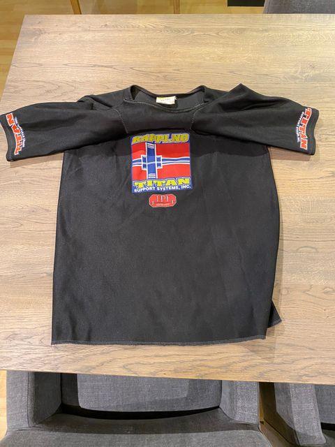 Titan Fury benkpress skjorte | FINN.no