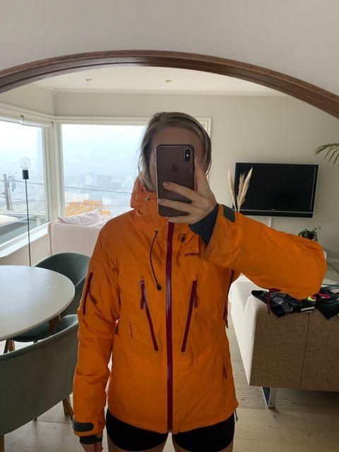 Nytt og brukt annonser med søkeordet norrøna jakke | FINN