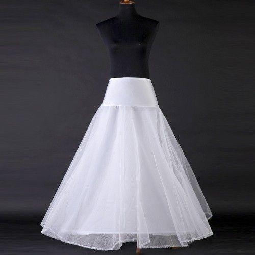 nytt underskjørt, perfekt til brudekjole eller ballkjole
