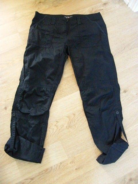 85adb9b3 Marineblå bukser fra JEAN PAUL som kan brettes opp og festes med hemper fra  sidene i str. L. Kjøpt i fjor for kr. 800,-, kun brukt en gang. Selges for  kr.