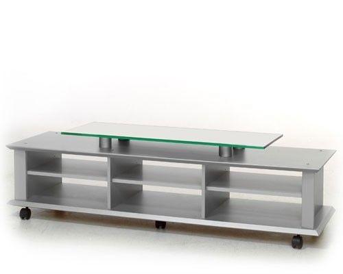 Skaarer Tv bord med hjul selges | FINN.no