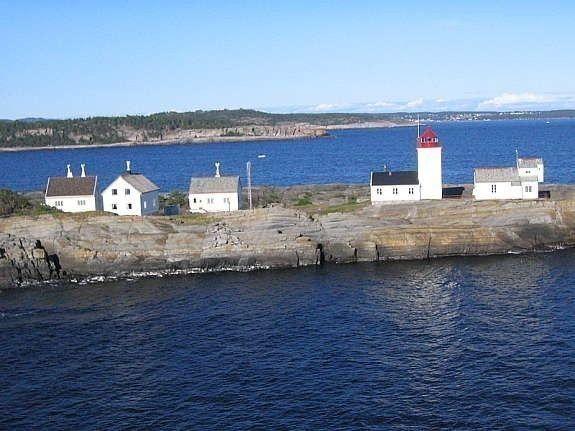 Kystledhuset til venstre