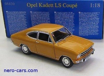 Opel Kadett LS Coupè - Skien  - Opel Kadett LS Coupè REVELL 1:18 Strøken modell, i hel og pen eske. - Skien