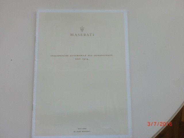 Bilbrosjyre av Maserati 1914 -  2004 - Randaberg  - Bilbrosjyre av Maserati 1914 - 2004 16 sider på tysk med Coupè, Spyder, Gransport og Quattroporte selges tlf 97570302 - Randaberg