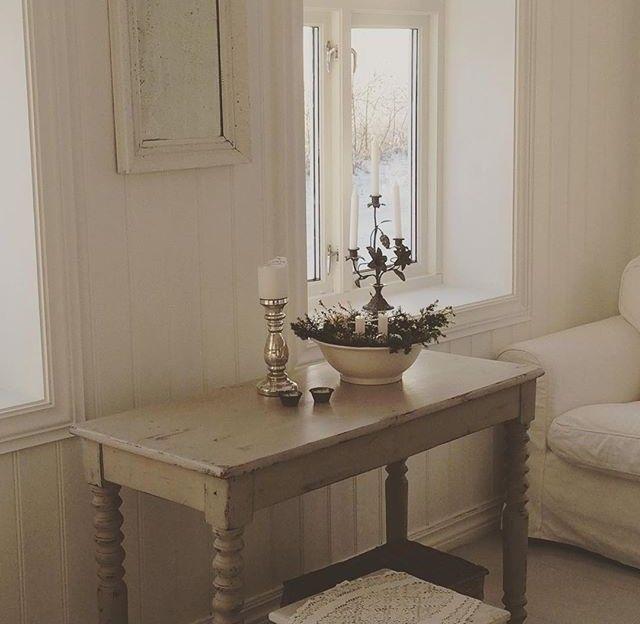 FINN u2013 Nydelig unikt bord fra vintage by Nina selges!