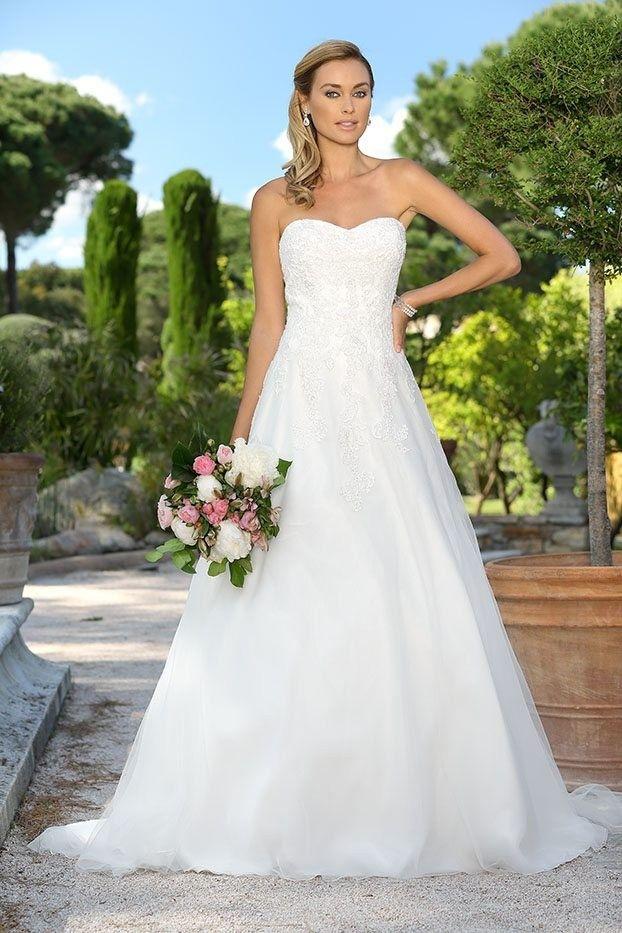 765df454 Nydelig brudekjole, NY PRIS! | FINN.no