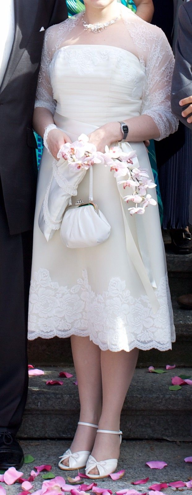 e7b68c97 Kort brudekjole fra Lilly | FINN.no