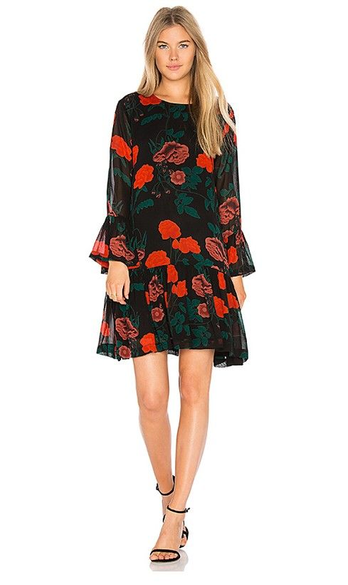 Ganni kjole til salgs | FINN.no