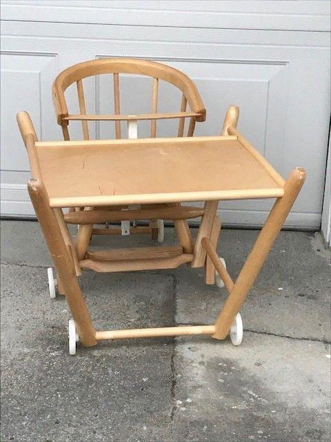 Praktisk barnestol bord mstol | FINN.no