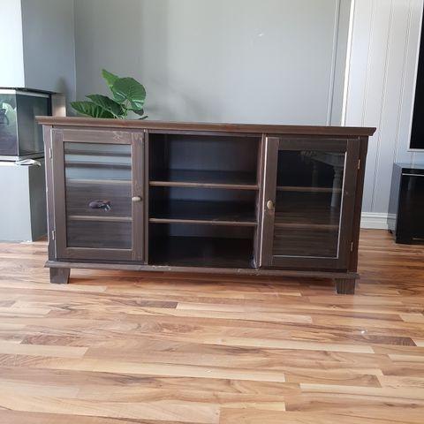 Markør tv benk fra IKEA | FINN.no