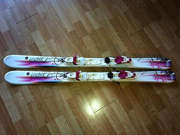 Carving ski med to par støvler for barn 7 9 år | FINN.no