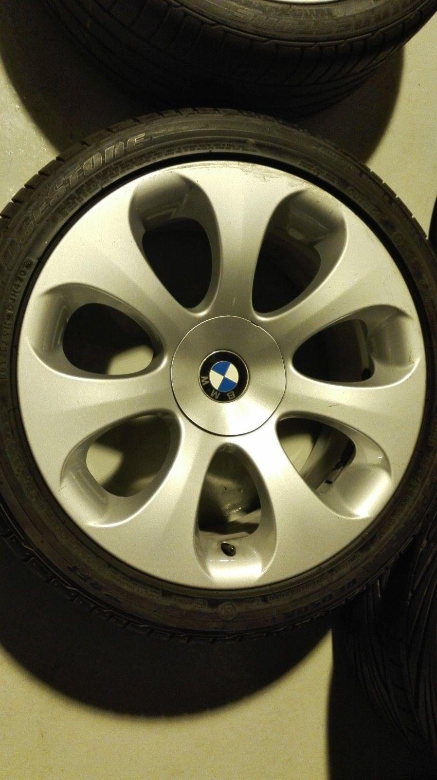 Orig. BMW hjul, passer til 6- og 7-serie. Bra sommerdekk. - Moss  - 5-120 et18/14 ø72,6  Originale hjul til BMW 6-serie. Passer også 7-serie. Har noen riper som bildene vises, men er 100%, uten skader.  245/40-19 bak 275/35-19 bak  Dekka har mye mønster igj - Moss
