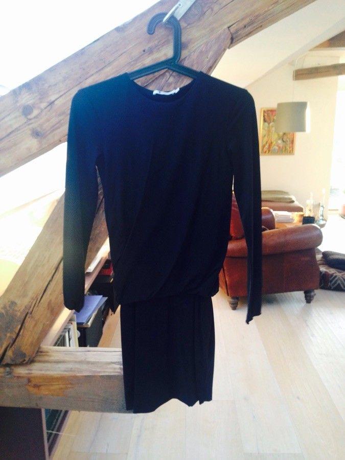 Ny pris: Klassisk kjole fra Alexander Wang str. xs. Den
