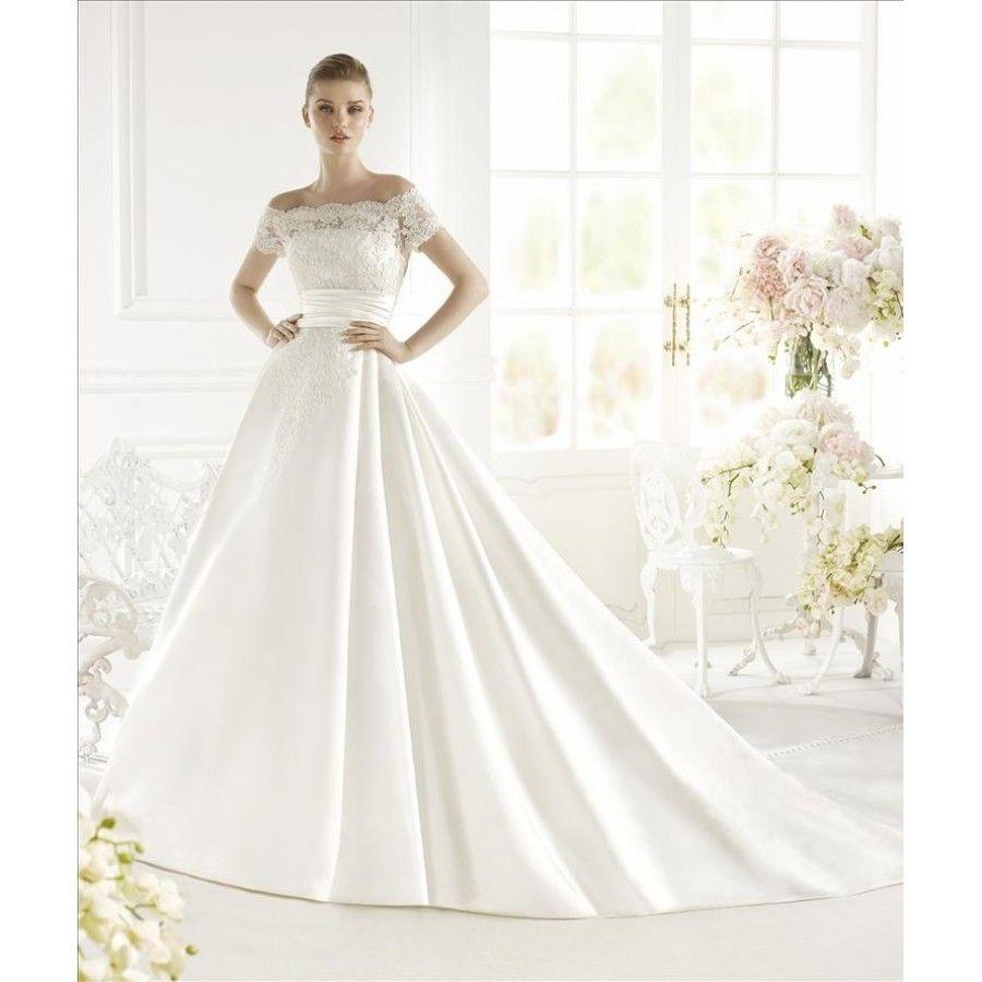 9939182fce4a Elegant brudekjole fra Avenue Diagonal selges!