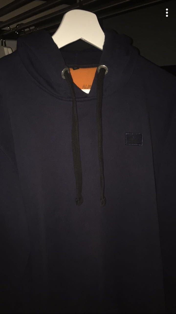 Alpha Industries Hoodie - Nittedal  - Mørkeblå Alpha Industries hoodie. Genseren er i veldig god stand, og er lite brukt. Kan hentes i Oslo. - Nittedal