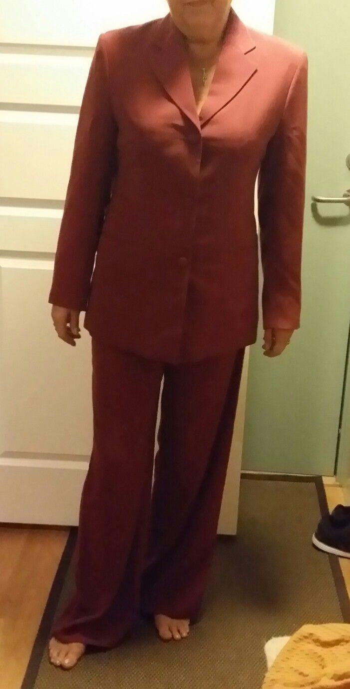 Flott jakke, kjole og bukse str 38 40 i nydelig bomullsilke