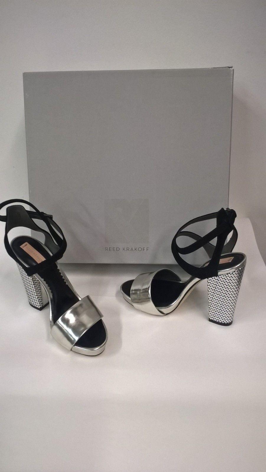 Nye luksus sko og klær med minimum 70% rabatt | FINN.no