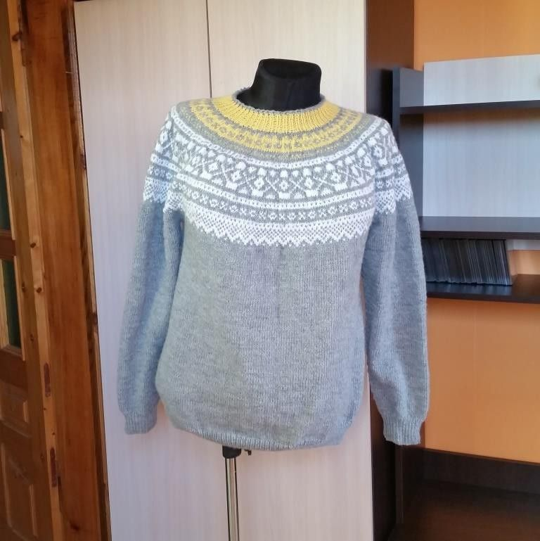 c2d92eb4 Håndstrikket genser (L/XL). Alpakka | FINN.no