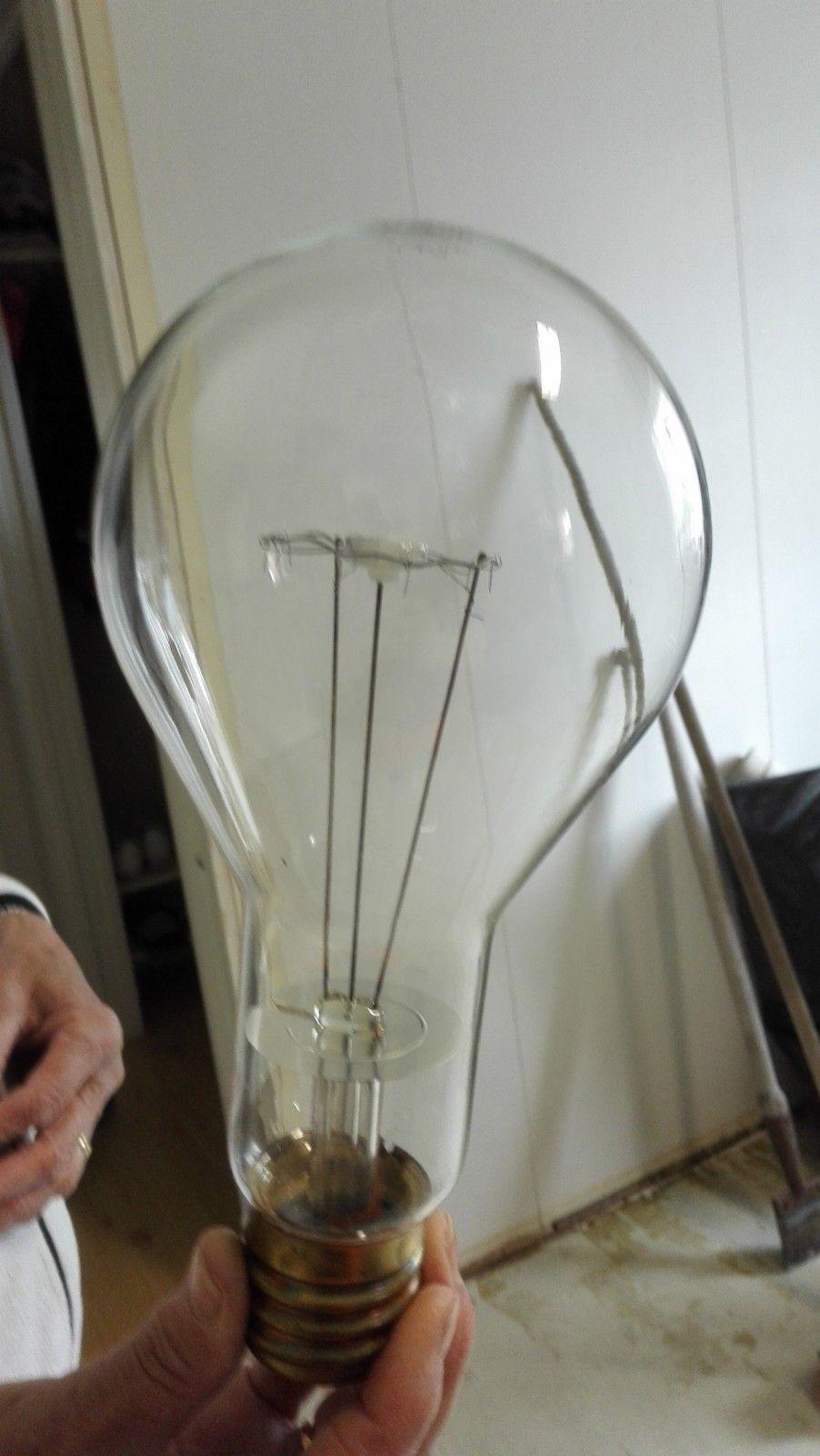 500w glødepærer, E40 sokkel, (230v) - Søre Osen  - 2stk gammeldagse glødepærer på 500 watt.  E40 sokkel.   Må hentes Søre Osen i Trysil. - Søre Osen
