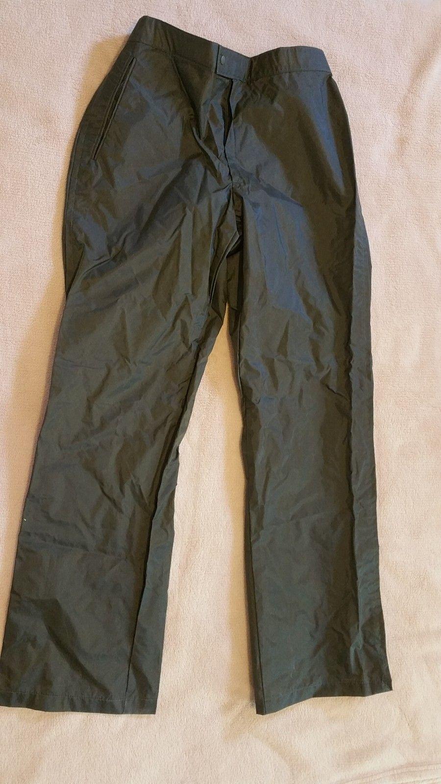 Militær regnklær, jakke og bukser, str S (36), unisex. - Kirkenes  - Militær regnklær, jakke og bukser, str S (36), unisex, kjøpt i USA. - Kirkenes