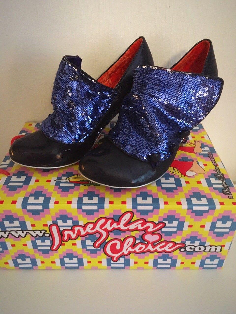 Høyhelte sko fra Irregular Choice - Oslo  - Sko fra Irregular Choice. Selger fordi de er for store. Brukt kun én gang, fått et par slitestreker på innsiden av skoene (se bilde).   Esken følger med. - Oslo