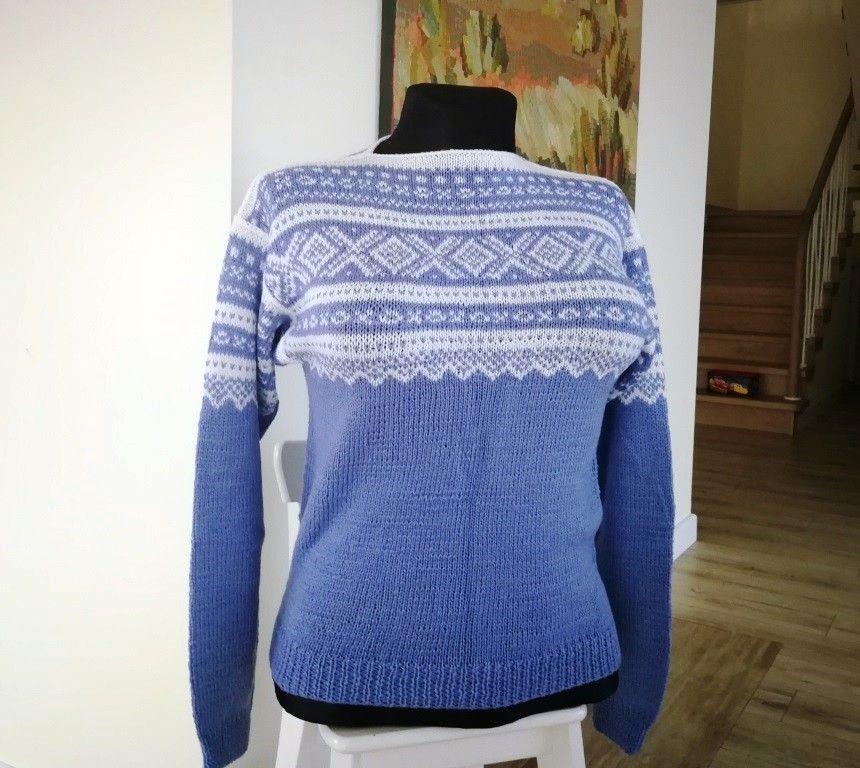 005d5761 Marius genser (L) Lys blå | FINN.no