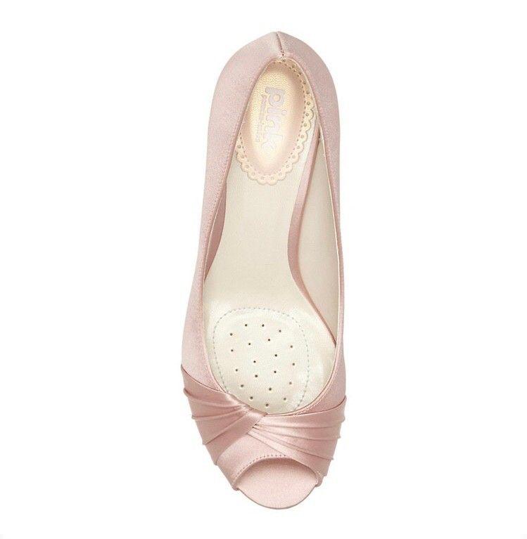 6df8dda60d6 Flotte sko i rosa sateng fra Paradox London | FINN.no