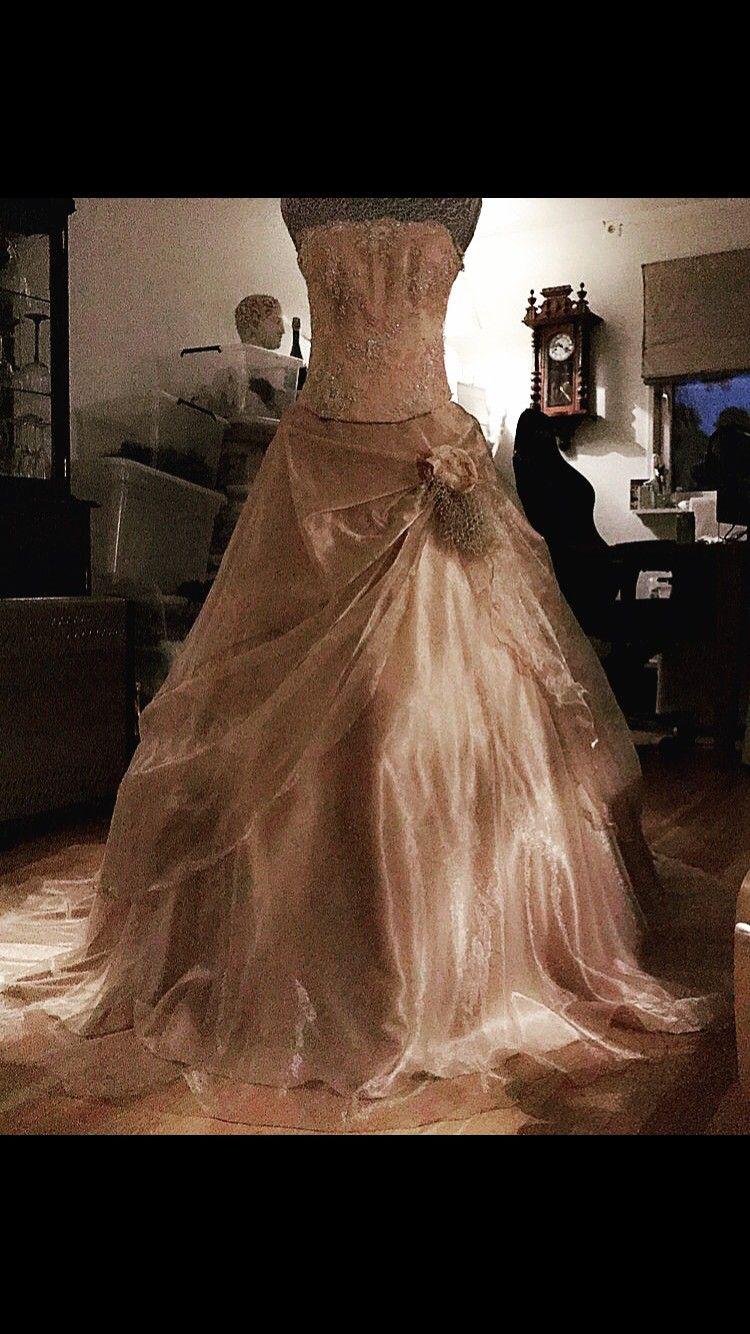 d73a9f7f Nydelig prinsesse ballkjole | FINN.no