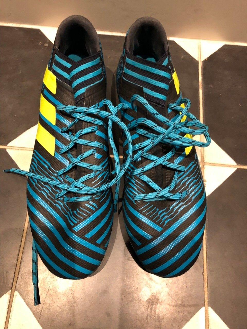 Adidas fotballsko kunstgress, AG knotter | FINN.no