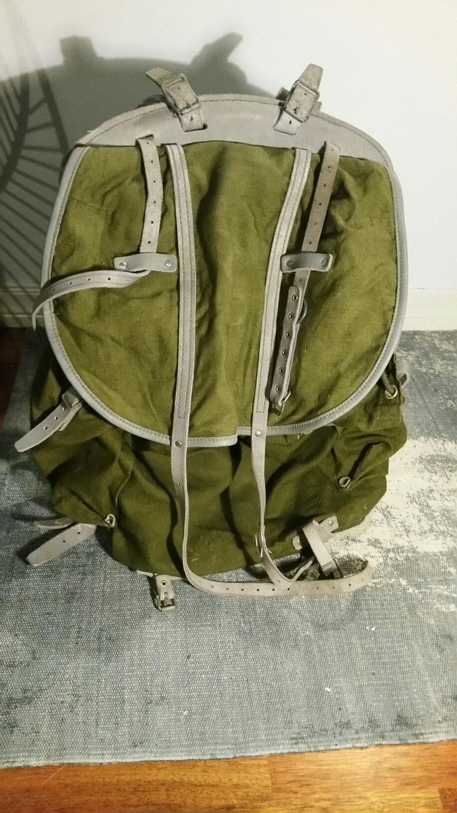 Stilig eldre militær ryggsekk | FINN.no