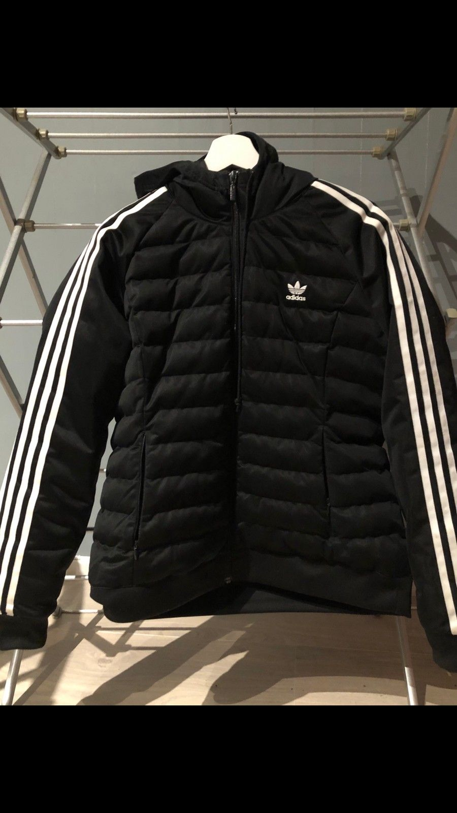 Adidas   FINN.no