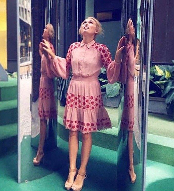 By TiMo kjole str M | FINN.no