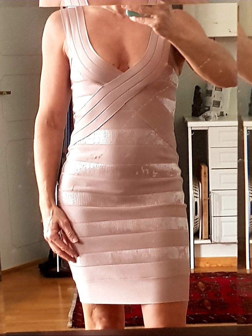 Kjole i stretch stoff. Utrolig fin på. Str 38.   FINN.no